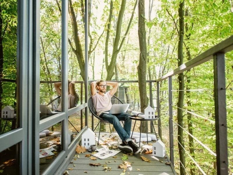 construction d une terrasse en bois sur pilotis