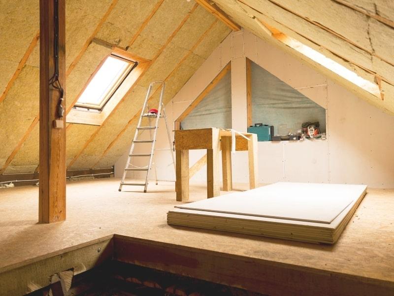 Isolation interieure des combles d une maison par un partenaire homy conseil