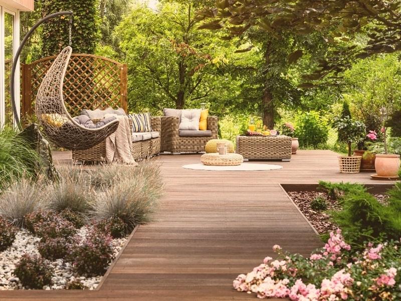 Amenagement exterieur d un jardin par un courtier en travaux homy conseil