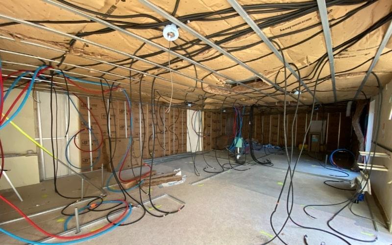 photo avant travaux renovation immeuble rehabilitation electricite